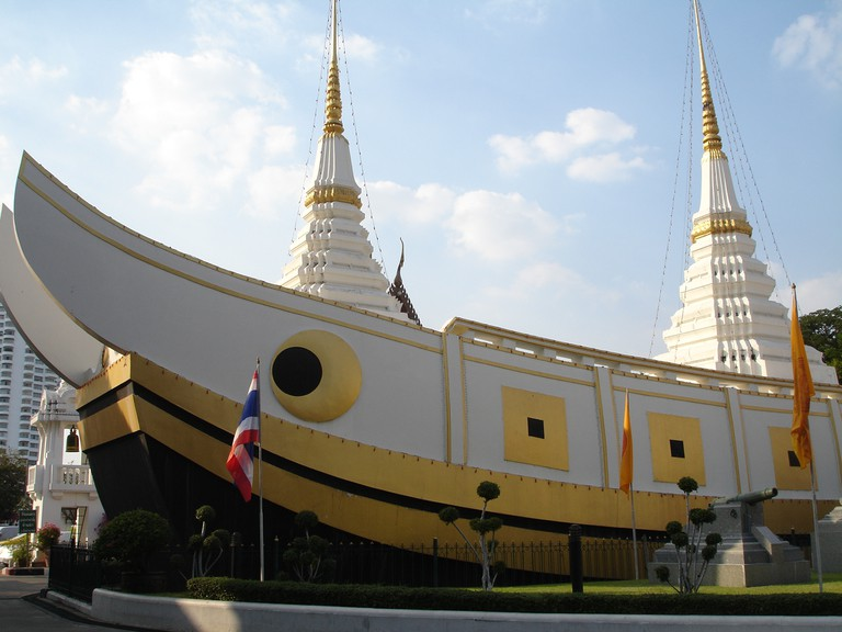 Wat Yannawa © dsin_travel/Flickr
