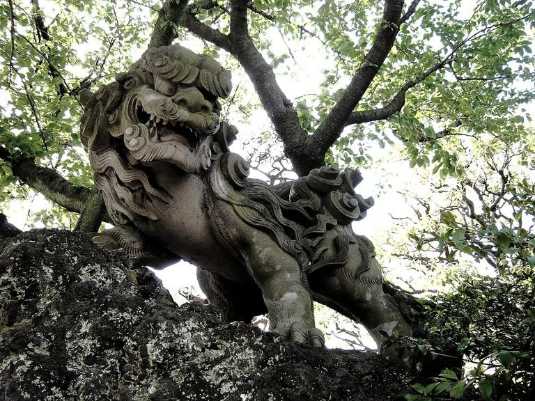 An ornamental komainu | © Otata Dana/Flickr