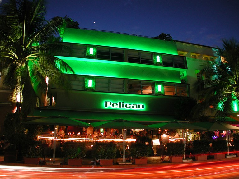 The Pelican Hotel at night | Carsten Titlbach/Flickr