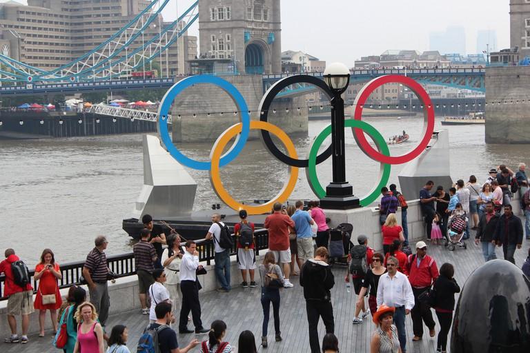 Olympic rings © Peter Burgess/Flickr