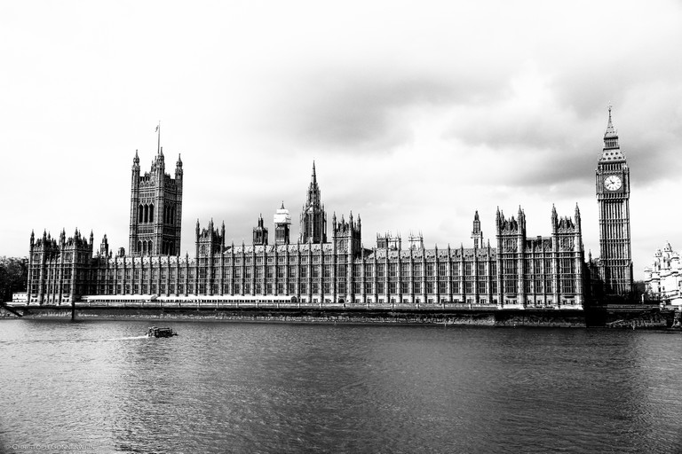 The Houses of Parliament or Palace of Westminster|©.christoph.G./Flickr