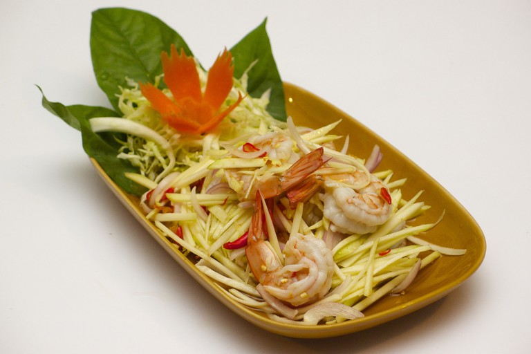 Yum Ma-Muang (Green Mango Salad) | ©Vee Satayamas/Flickr