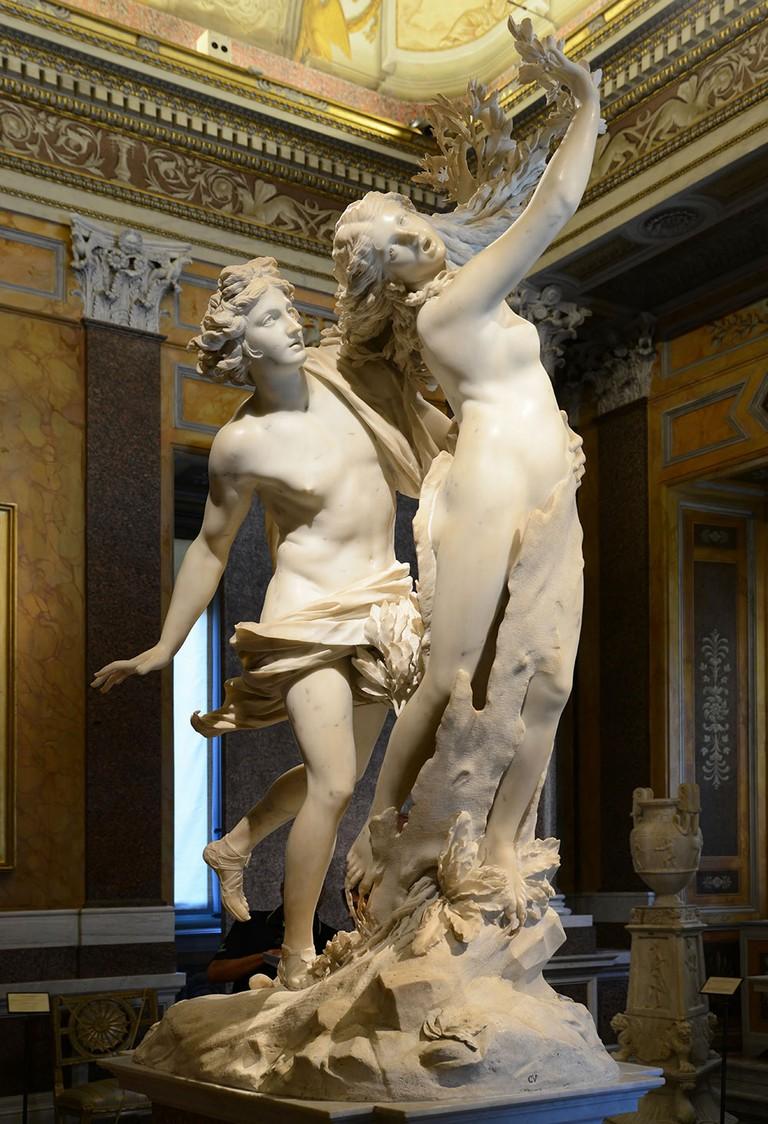 Apollo & Daphne by Bernini   © WikiCommons