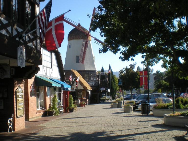 Solvang California © RaymondShobe/Flickr.com