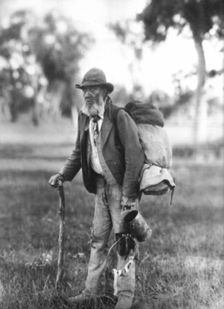 Elderly swagman | © unknown / WikiCommons