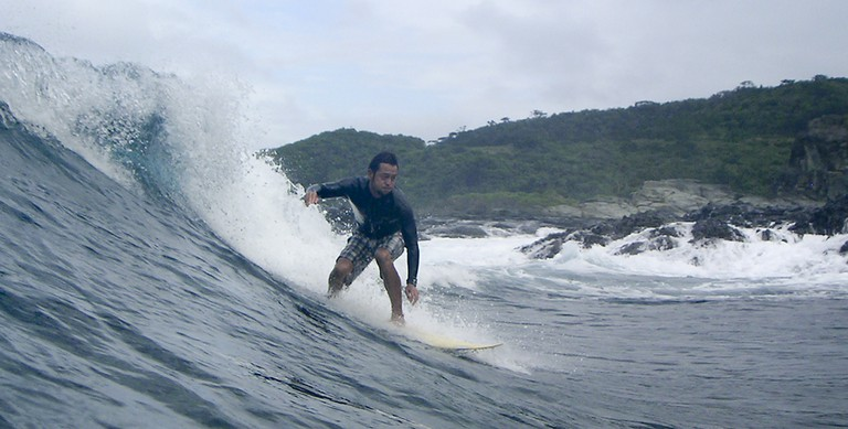 Surfing in Ishigaki island, Japan   © commons.wikimedia.org