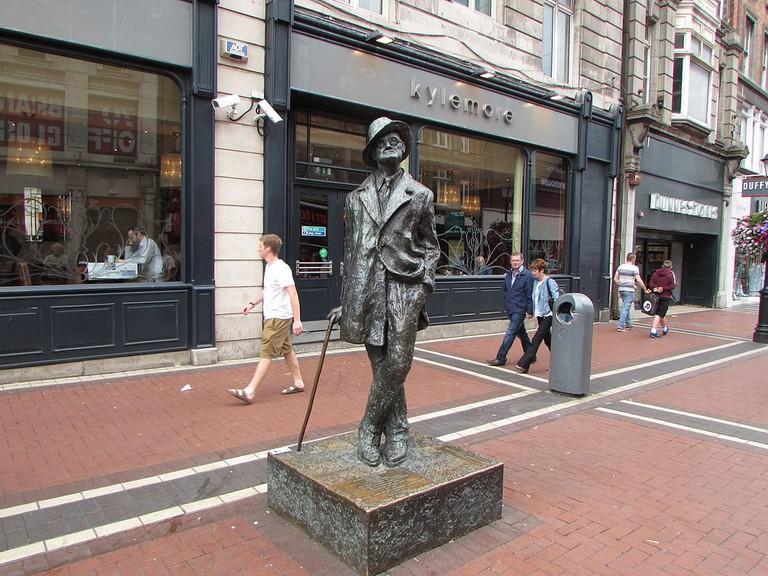 James Joyce statue, Dublin | © Pmk58/WikiCommons