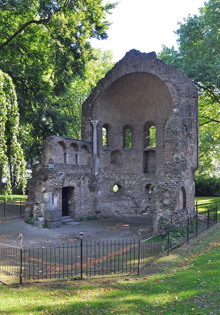 Ruins in Nijmegen   © Marc Ryckaert / Wikicommons]