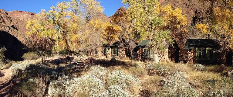 Phantom Ranch in fall | © Fredlyfish4/Wikicommons