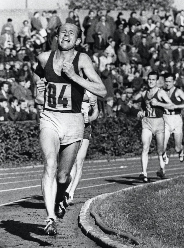 Zátopek during the 5,000m in London