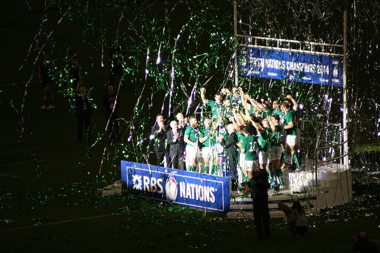 The Irish rugby team celebrates winning the 2014 Six Nations | ©Cangadoba/WikiCommons