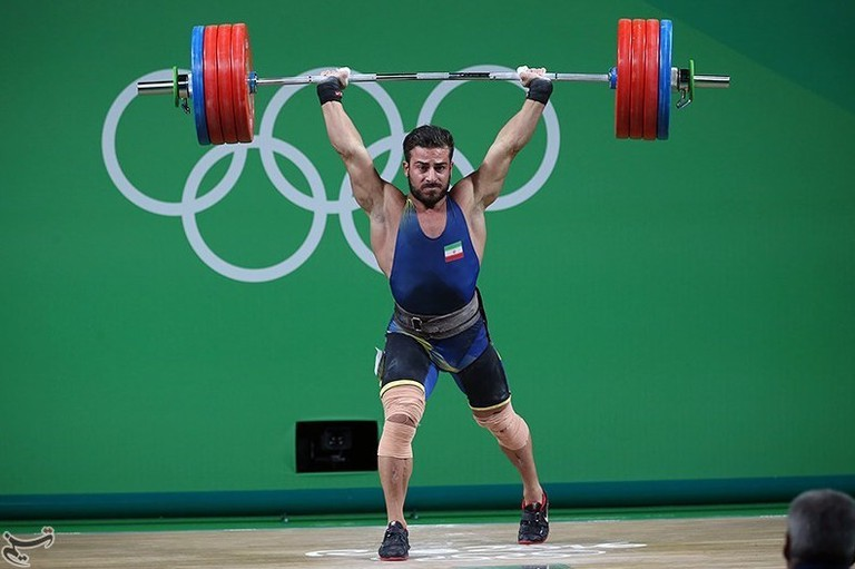 Kianoush Rostami competes at the 2016 Olympics, winning gold and setting a world record along the way. | © commons.wikimedia.org