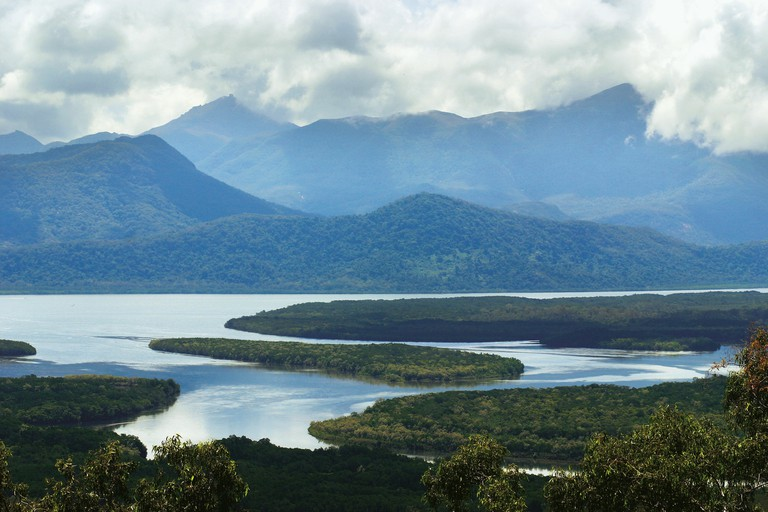 Hinchinbrook Channel and Island | Courtesy of Tourism and Events Queensland