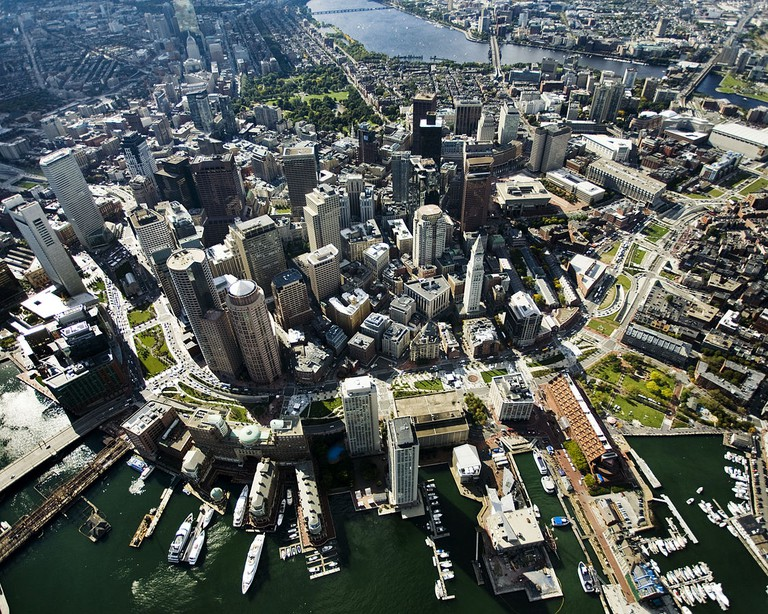 Aerial view of the Rose Fitzgerald Kennedy Greenway, which added a significant amount of green space to Boston| ©Hellogreenway/Wikimedia