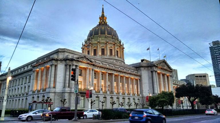 City Hall © Travis Wise/Flickr