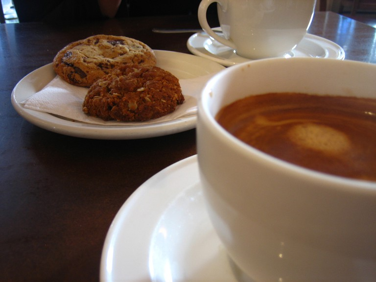 Coffee and biscuits | © Jeremy Keith / Flickr