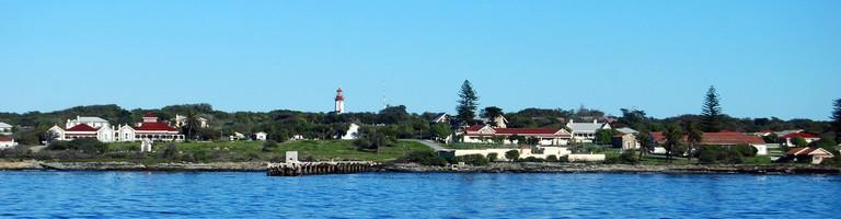 View of Robben Island from the Nelson Mandela Gateway ferry © Harvey Barrison/Flickr