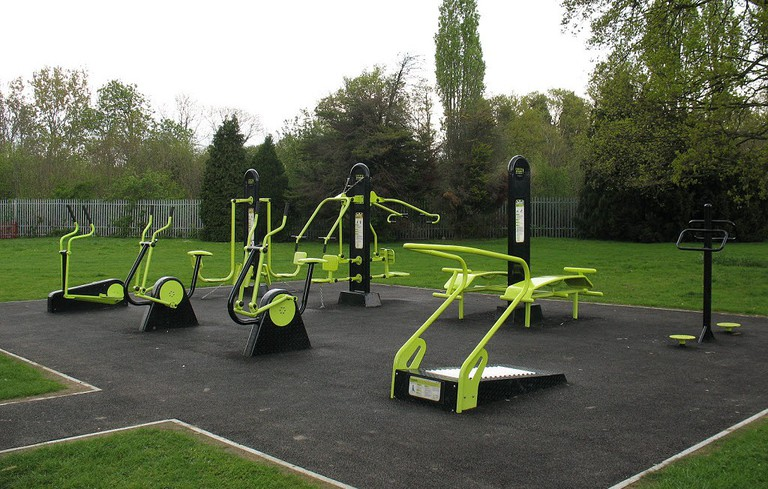 Outdoor Gym   © Stephen Craven/Geograph