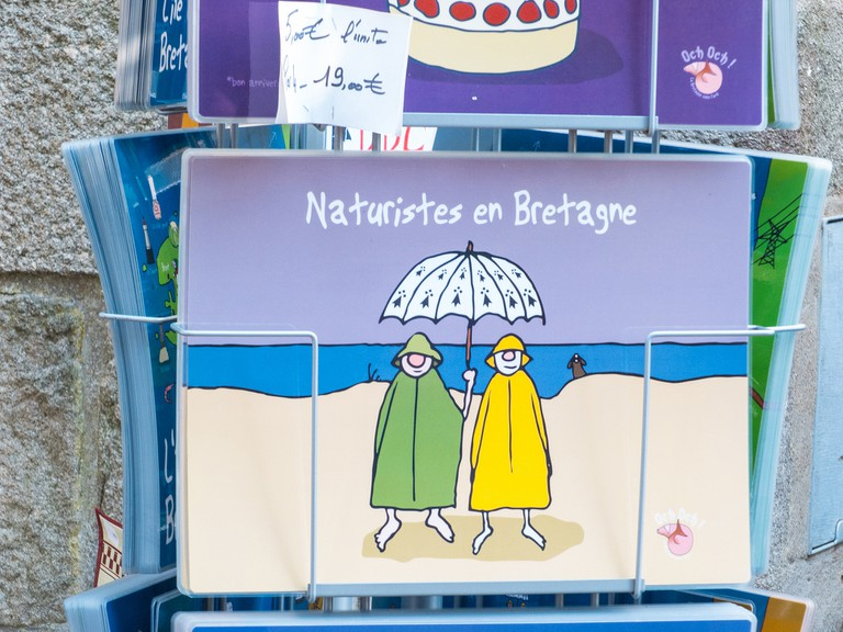 Ironic, naturism-themed postcard │© ludovic