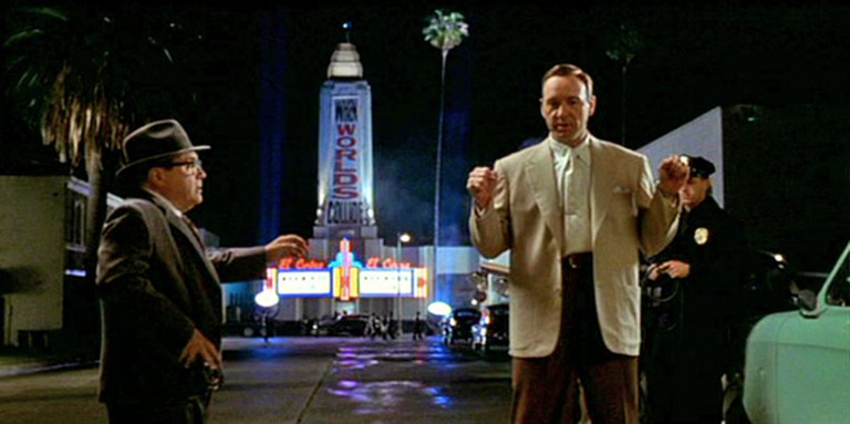 Peddling prurience: Danny De Vito and Kevin Spacey in 'L.A. Confidential.' | © Warner Bros.