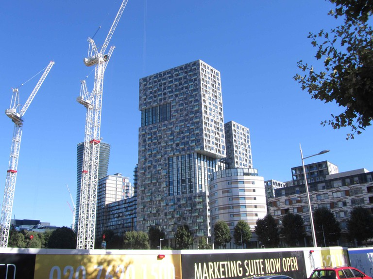Lincoln Plaza in South Quay|©Ike Ijeh/Building Design