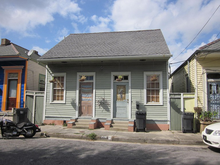 Piety Street, Bywater, New Orleans. Residential architecture on the 700 block   © Infrogmation of New Orleans/WikiCommons