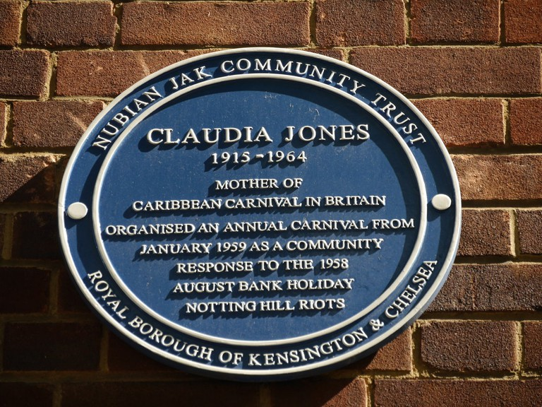 Blue plaque in Notting Hill commemorating Claudia Jones|©Edwardx/Wikicommons
