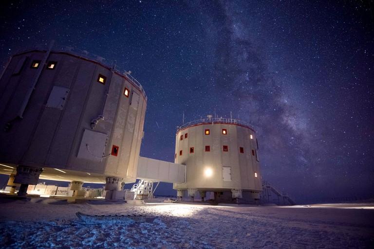 The Concordia facility, Antarctica|©Beth Healey