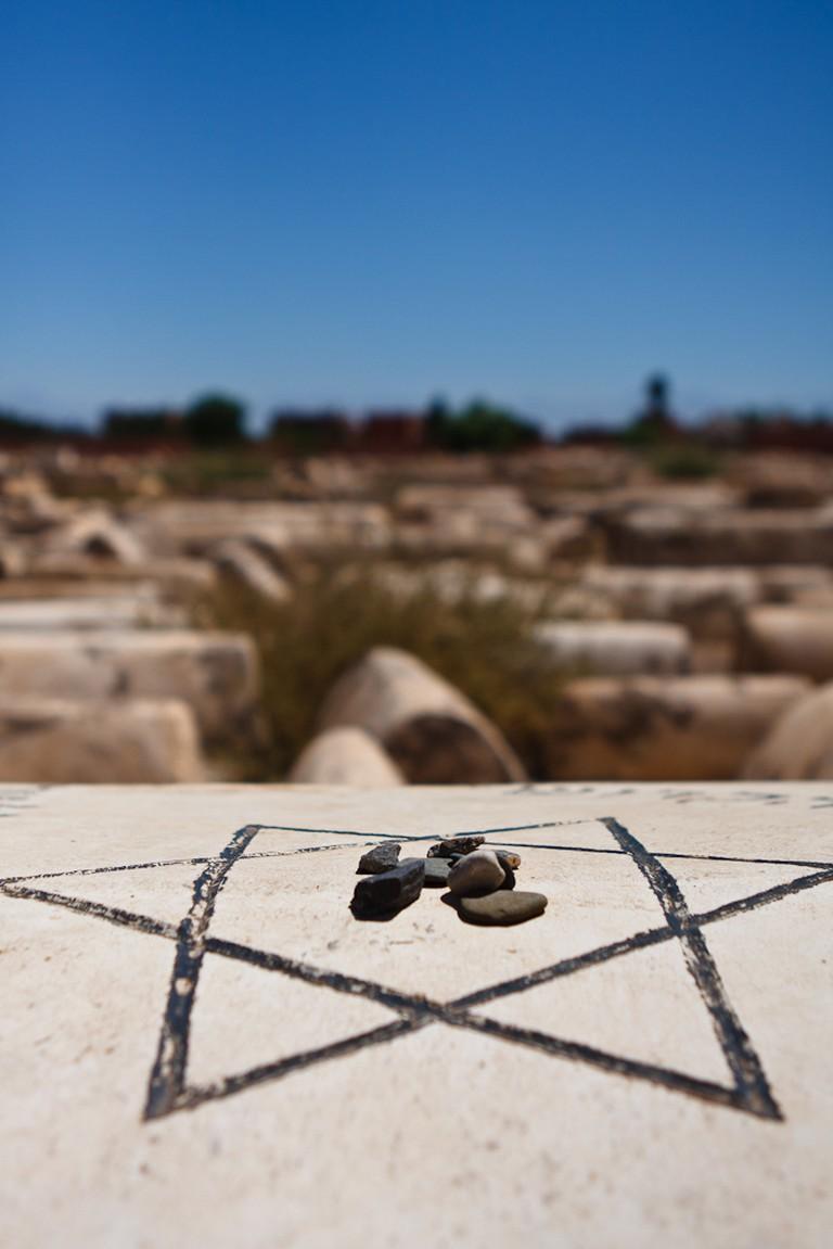Stones on Grave, Jewish Cemetery, Marrakech | © Liam Davies, Flickr