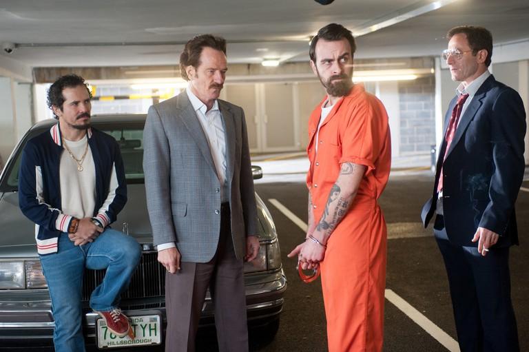 Bryan Cranston as Robert Mazur and the rest of his undercover team | © Warner Bros.