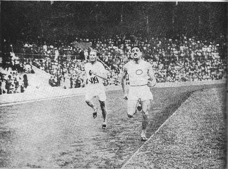 Jean Bouin in the 1912 Olympics   CC0 Public Domain