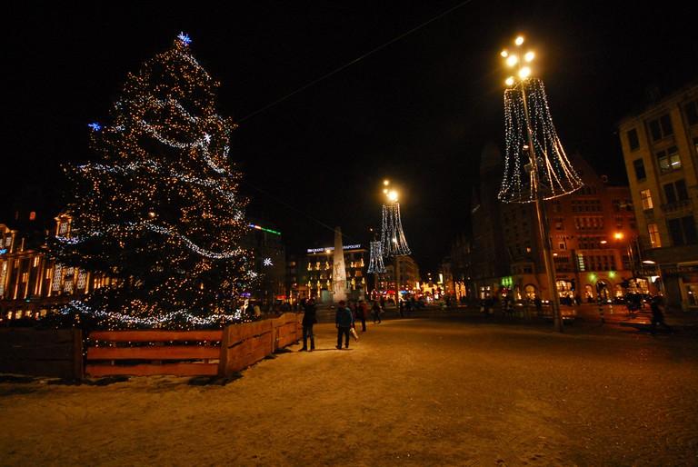 The christmas tree on Dam Square | © martin_vmorris / Flickr