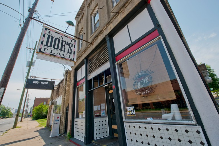 Doe's Eat Place, Little Rock, AR © Doe's Eat Place