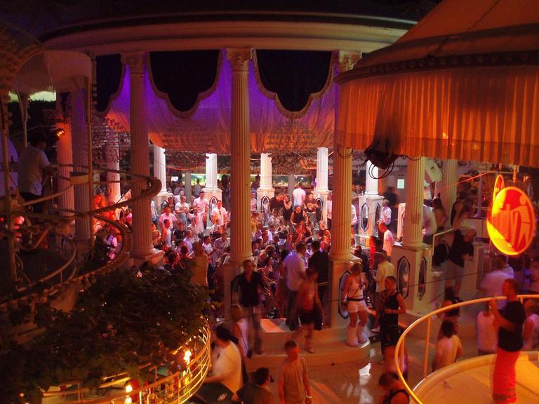 Es Paradis club, Ibiza | ©AlexHarries