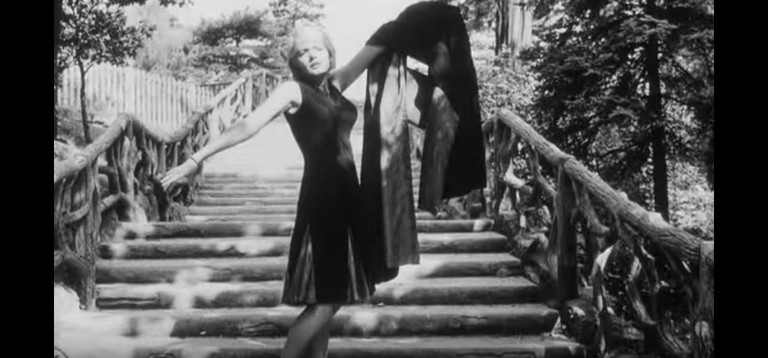 Still from Cléo de 5 à 7 by Agnès Varda (1962)