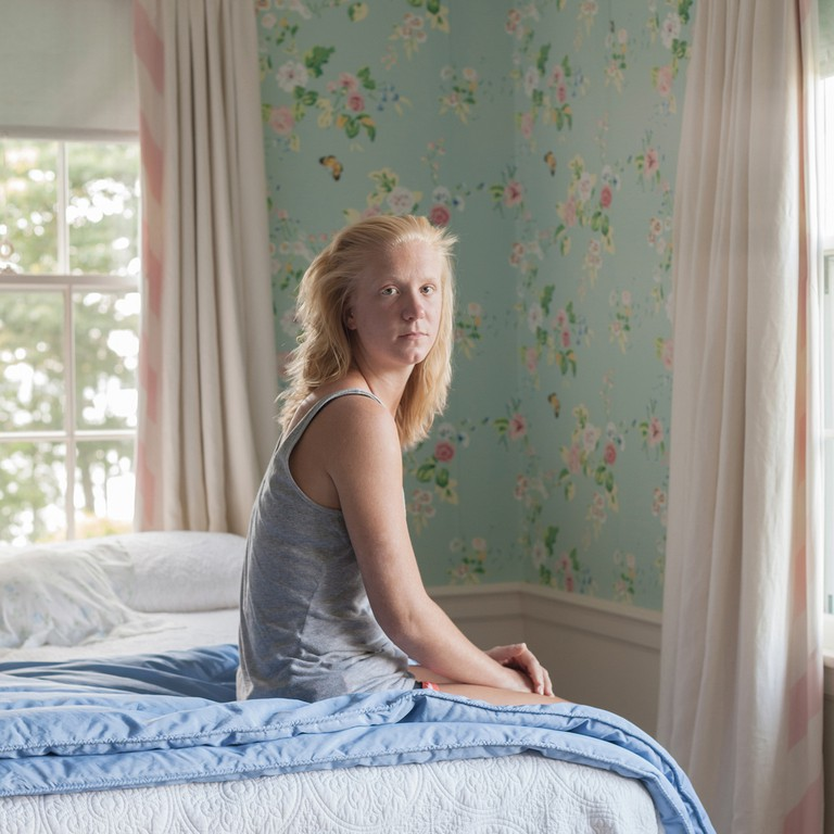 Hope in the guest bedroom | © Frances F. Denny/Courtesy of ClampArt