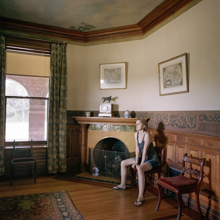 Edith at home | © Frances F. Denny/Courtesy of ClampArt