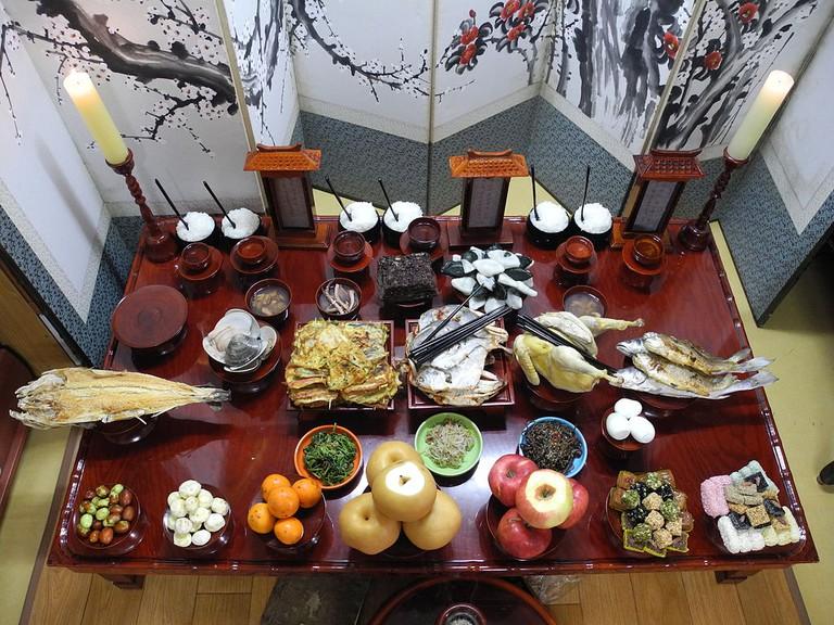 Chuseok table | © Namwon030/WikiCommons