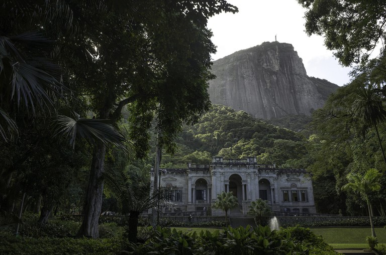 Parque Lage with the Christ the Redeemer in the background |©Jimmy Baikovicius
