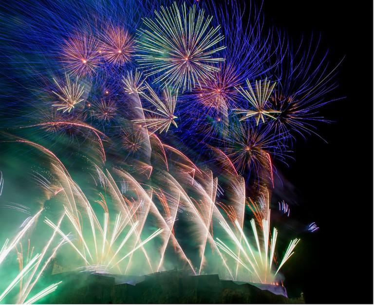 Midnight Fireworks | © Tartanzone Photo / Courtesy Of Edinburgh's Hogmanay