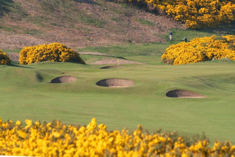 5th hole, Royal Dornoch Golf Club   © John Haslam/Flickr