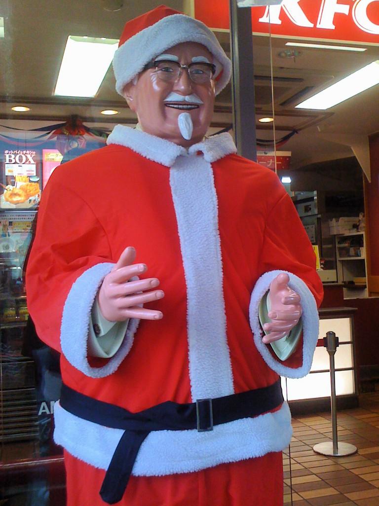Colonel Sanders as Santa Claus | © rumpleteaser/Flickr
