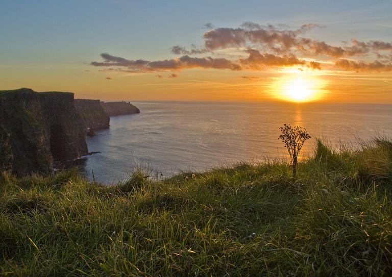 Cliffs of Moher Sunset | ©Allan Henderson/Flickr