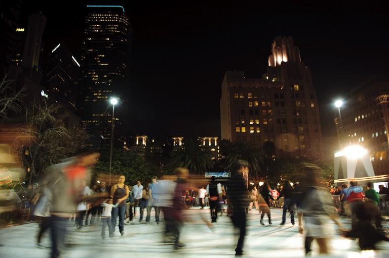 Pershing Square Ice Skating © _mogi./Flickr