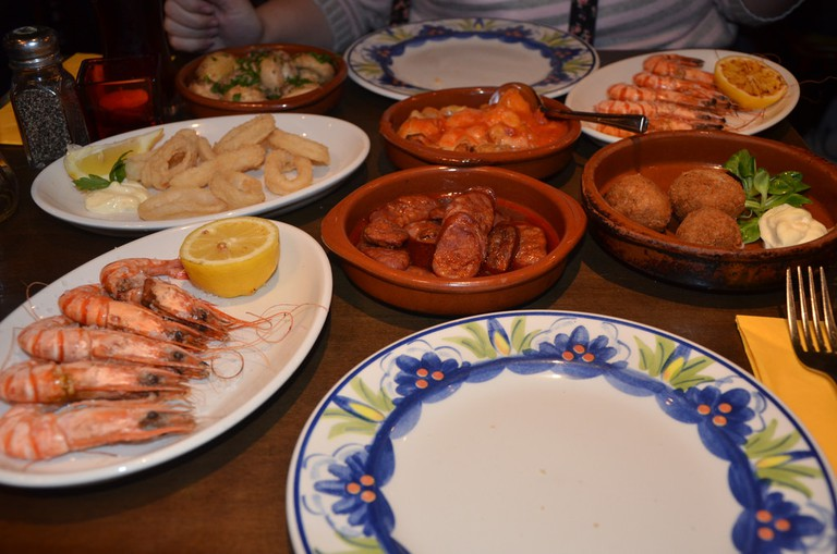 A fairly traditional tapas spread | © Ben Sutherland