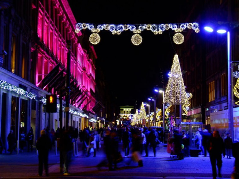 Buchanan Street Christmas Lights | © Thomas Nugent/Geograph