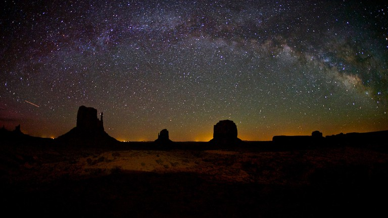 Milky Way, Monument Valley, Utah | © Chao Yen/Flickr