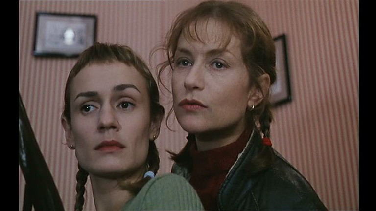 With Sandrine Bonnaire (l.) in 'La Cérémonie' | © New Yorker Films