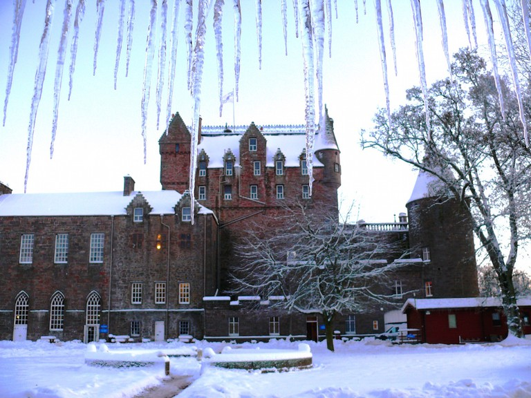 Kick Christmas off like royalty at a full-blown Christmas market in a castle © Glamis Castle