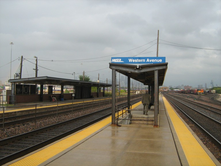 Western Avenue Metra station, courtesy of WikiCommons